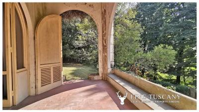Period-Villa-with-Outbuilding-for-sale-in-Bagni-di-Lucca--Tuscany--Italy-9