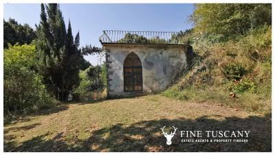 Period-Villa-with-Outbuilding-for-sale-in-Bagni-di-Lucca--Tuscany--Italy-21