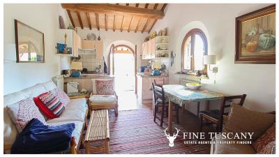 Fully-detached-stone-house-for-sale-in-Volterra-Pisa-Tuscany-Italy-17