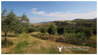 Fully-detached-stone-house-for-sale-in-Volterra-Pisa-Tuscany-Italy-27