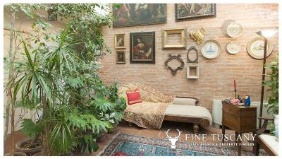 Architectural-Villa-for-sale-in-Pisa-Tuscany-Italy---Gae-Aulenti---2