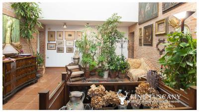 Architectural-Villa-for-sale-in-Pisa-Tuscany-Italy---Gae-Aulenti---3