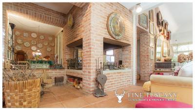 Architectural-Villa-for-sale-in-Pisa-Tuscany-Italy---Gae-Aulenti---13