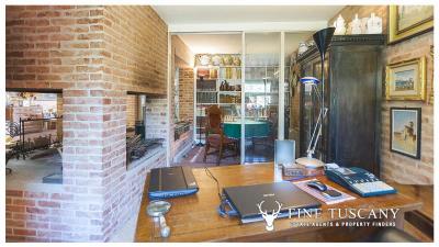 Architectural-Villa-for-sale-in-Pisa-Tuscany-Italy---Gae-Aulenti---19