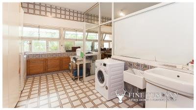 Architectural-Villa-for-sale-in-Pisa-Tuscany-Italy---Gae-Aulenti---27