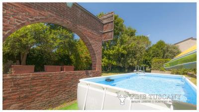 Architectural-Villa-for-sale-in-Pisa-Tuscany-Italy---Gae-Aulenti---67