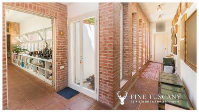 Architectural-Villa-for-sale-in-Pisa-Tuscany-Italy---Gae-Aulenti---71