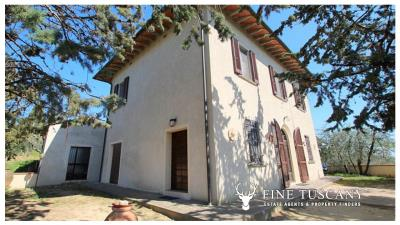 Period-villa-for-sale-in-Palaia-Pisa-Tuscany-1