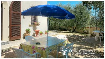 Period-villa-for-sale-in-Palaia-Pisa-Tuscany-9