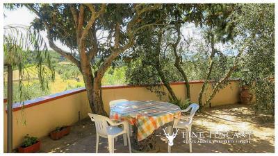 Period-villa-for-sale-in-Palaia-Pisa-Tuscany-10