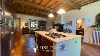 Stone-Farmhouse-with-land-for-sale-between-Siena-and-Grosseto-Tuscany-Italy-67