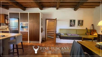 Stone-Farmhouse-with-land-for-sale-between-Siena-and-Grosseto-Tuscany-Italy-72