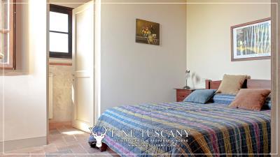 Condo-Apartment-with-shared-pool-for-sale-in-Ripoli--Casciana-Terme-Lari--Pisa--Tuscany--Italy-1