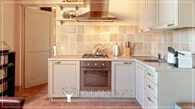 Condo-Apartment-with-shared-pool-for-sale-in-Ripoli--Casciana-Terme-Lari--Pisa--Tuscany--Italy-6