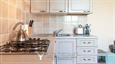 Condo-Apartment-with-shared-pool-for-sale-in-Ripoli--Casciana-Terme-Lari--Pisa--Tuscany--Italy-10