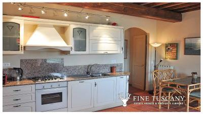 2-Bedroom-Apartment-for-sale-in-Orciatico-Lajatico-Tuscany-Italy-8