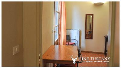 2-Bedroom-Apartment-for-sale-in-Orciatico-Lajatico-Tuscany-Italy-13