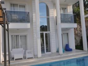 Image No.1-Villa de 4 chambres à vendre à Oludeniz