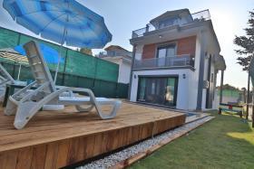 Image No.3-Villa de 4 chambres à vendre à Ciftlik