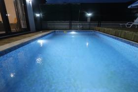 Image No.8-Villa de 4 chambres à vendre à Ciftlik