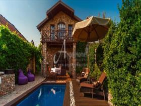 Kayakoy, Villa