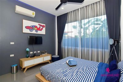 Samui-Grand-Park-Villas-For-Sale-Guest-Bedroom