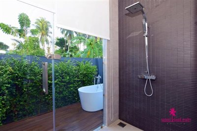 Samui-Grand-Park-Villas-For-Sale-Master-Shower