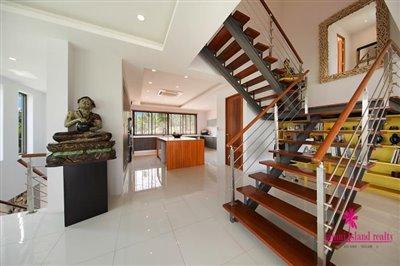 Bang-Rak-3-Bedroom-Villas-For-Sale-Stairway