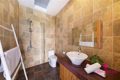 Bang-Rak-3-Bedroom-Villas-For-Sale-Shower