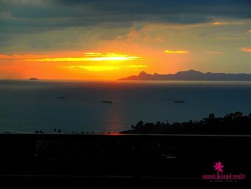 samui-sunset-sea-view-villa-for-sale-evening-view