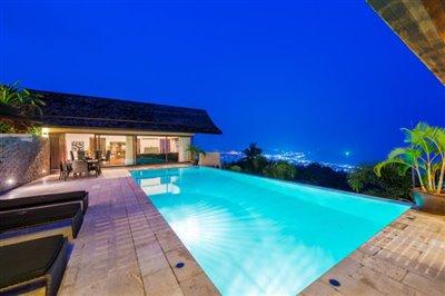 Chaweng-5-Bedroom-Villa-For-Sale-Koh-Samui-Infinity-Pool