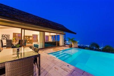 Chaweng-5-Bedroom-Villa-For-Sale-Koh-Samui-Pool-View