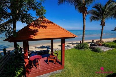 Lipa-noi-beachfront-villa-for-sale-samui-sala