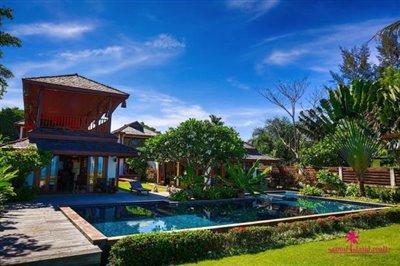 Lipa-noi-beachfront-villa-for-sale-samui-swimming-pool