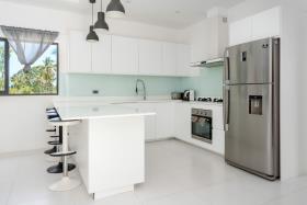 Image No.9-Villa de 4 chambres à vendre à Maenam