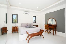 Image No.14-Villa de 4 chambres à vendre à Maenam