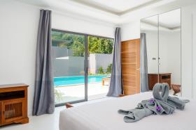 Image No.12-Villa de 4 chambres à vendre à Maenam