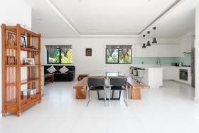 Image No.7-Villa de 4 chambres à vendre à Maenam