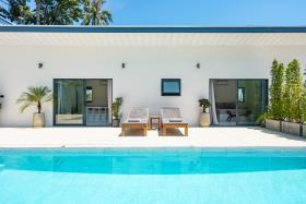 Image No.11-Villa de 4 chambres à vendre à Maenam