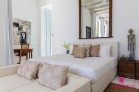 Image No.12-Villa de 6 chambres à vendre à Laem Sor
