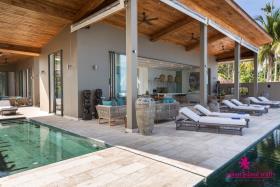 Image No.4-Villa de 6 chambres à vendre à Laem Sor