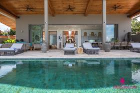 Image No.3-Villa de 6 chambres à vendre à Laem Sor
