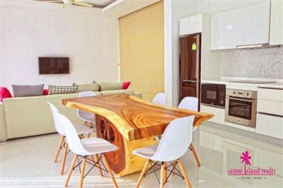 5-chaweng-modern-sea-view-villa-for-sale-dining