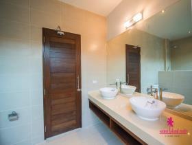 Image No.10-Villa de 3 chambres à vendre à Maenam