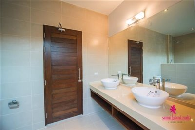 4-luxury-balinese-style-pool-villas-for-sale-washroom