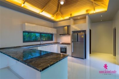 5-luxury-balinese-style-pool-villas-for-sale-western-kitchen