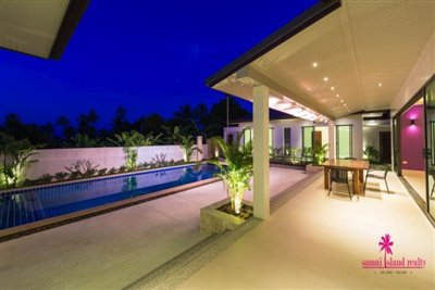 10-luxury-balinese-style-pool-villas-for-sale-covered-outdoor-living