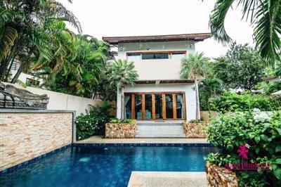 Chaweng-3-Bedroom-Pool-Villa-Samui-Exterior