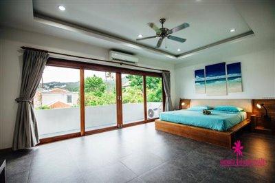 Chaweng-3-Bedroom-Pool-Villa-Samui-Master