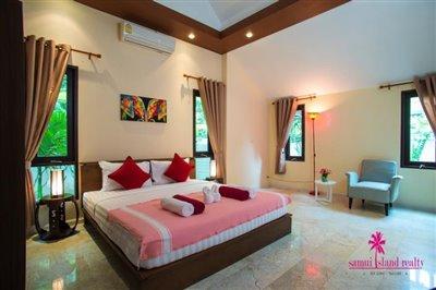 Loma-Villa-Ko-Samui-Spacious-Bedrooms